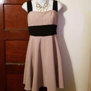 Beautiful dress with crisscross back straps.